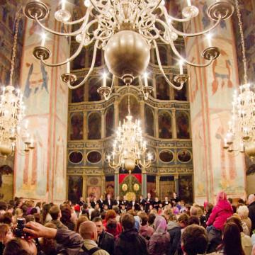 Выступление в Софийском соборе хоровой академической капеллы г. Вологды под руководством Елены Назимовой. Фото А.Н. Кирилловского 2011 года