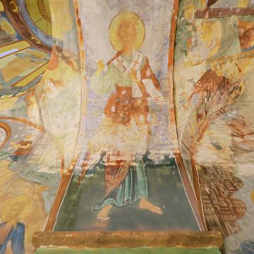 Апостол от 70-ти (надпись с именем не сохранилась). Роспись северной части восточной подпружной арки северо-западного барабана