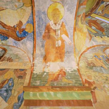 Апостол Сила. Роспись северной части западной подпружной арки северо-западного барабана.