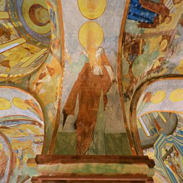 Апостол Кодрат. Роспись северной части восточной подпружной арки юго-западного барабана.