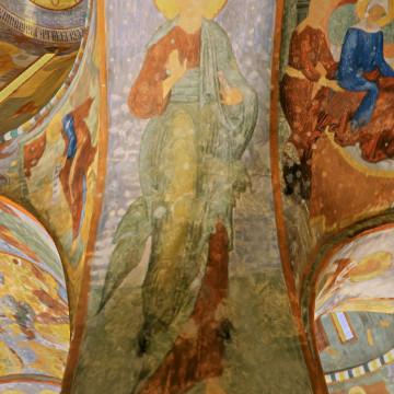 Апостол Андрей Первозванный. Роспись западной половины северной подпружной арки центрального барабана